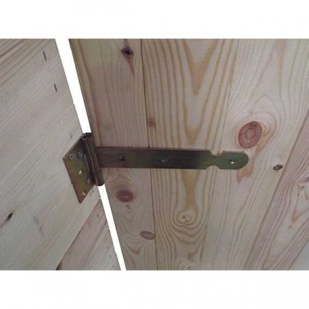 Detalle puerta de Garaje de madera Mikhail II