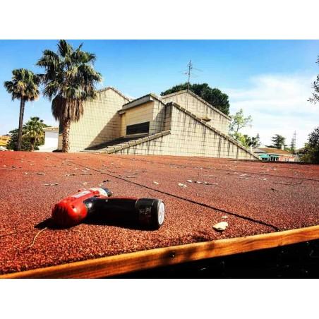 Pérgola de madera con techo 300x300 cm.