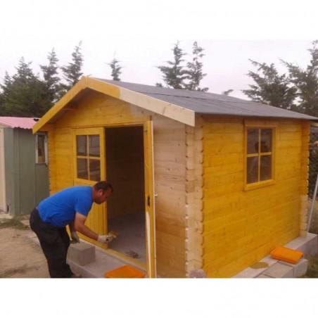 Caseta de madera Flodavil. 28 mm, 324 x 268 cm. 8.68 m²