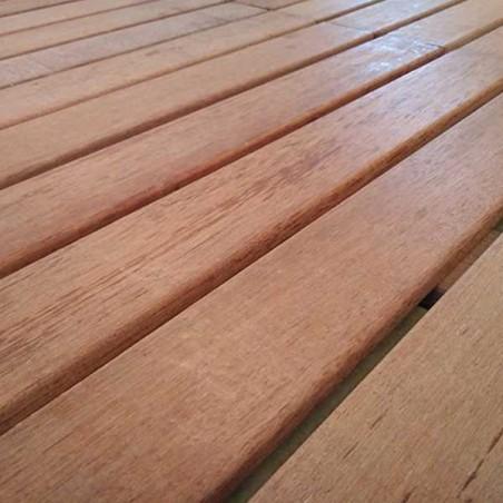 Losetas de madera tropical tratada 50x50x3cm