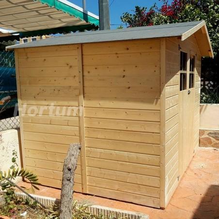 Caseta de madera Lodum. Vista lateral. Techo con tela asfáltica