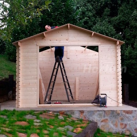Proceso de montaje caseta de madera Hortum. Montaje de tejado