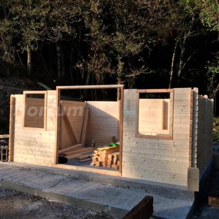 Caseta de madera Forvick.44 mm, 486 x 386 cm, 18.76 m²
