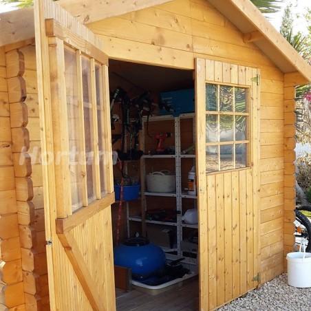 Detalle puertas caseta de madera Flodova
