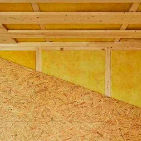 Detalle revestimiento interior mini casa de madera