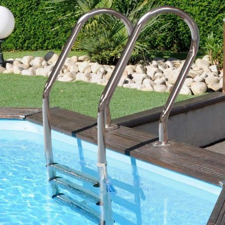 Escalera metálica para piscina prefabricada