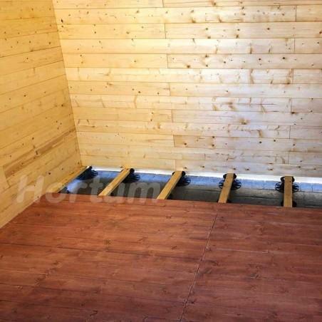 Caseta de madera con bases para nivelar