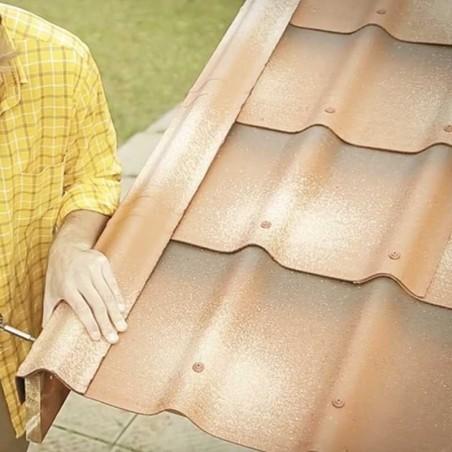 Instalación remate lateral Onduvilla para casetas de madera