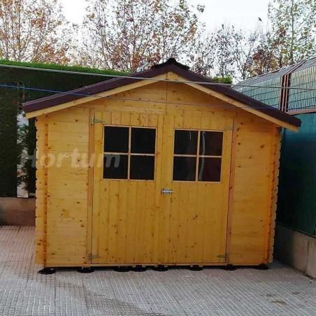 Caseta de madera Gran Flodova con plots y teja asfáltica