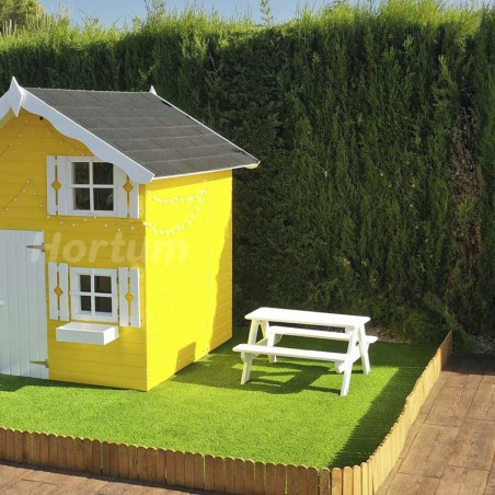 Mesita picnic infantil en color blanco  y casita infantil Tom