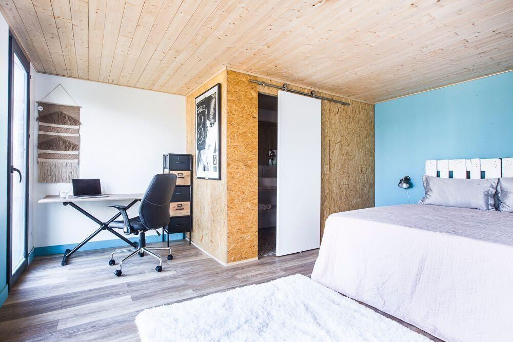 Interior estudio de madera