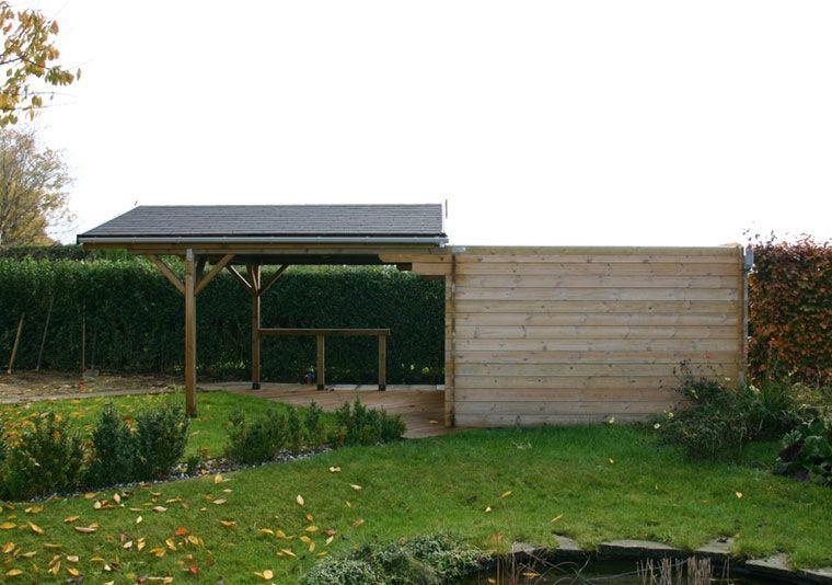 Apertura de techo en caseta de madera
