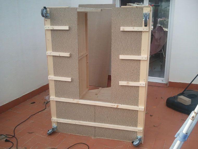 Recorte de suelo en caseta de madera para incorporar telescopio