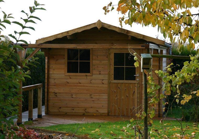 Caseta de madera con apertura de techo frontal