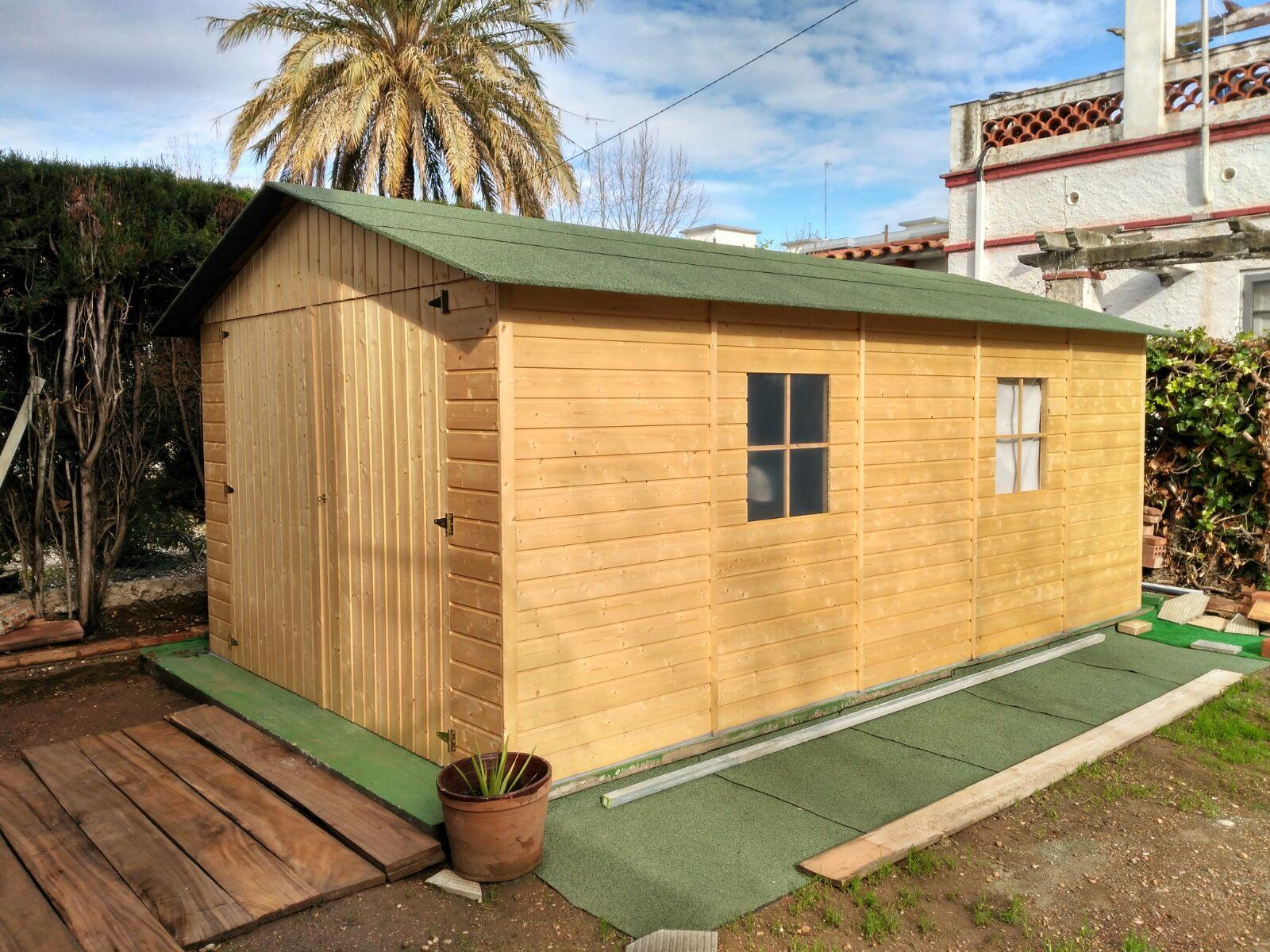 Garaje de madera panelado Hortum